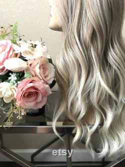 22'' dentelle avant ''Paris ombre ashy blonde perruque synthétique Little Wig Museum perruque blonde, perruque cosplay cadeau pour elle