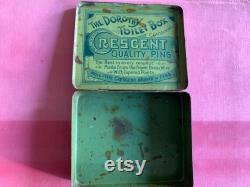 Antique victorienne des années 1890 la Dorothy Toilet Box Cresent cas d étain broche à cheveux de qualité