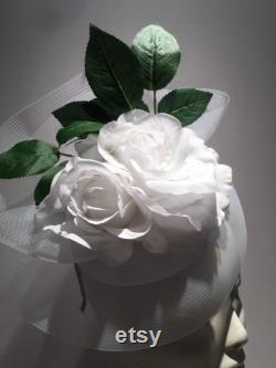 Bibi-Rose blanc Cocktail hat-Derby-mariage bibi de jardin