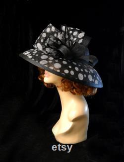 Blanc noir polka-point Classique Audrey Hepburn Wide Brim Royal Ascot Derby Kentucky Hat mère de la mariée Church Wedding Women s summer Formal
