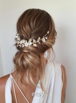 LYRIC Morceau floral de cheveux dans l or pâle, casque de mariage pour des mariages de boho