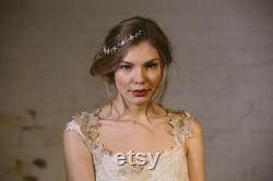 Perle argent fleur mariée vigne peigne à cheveux, mère de la vigne de cheveux perle noces d argent, argent perle fleur mariée peigne Astrid