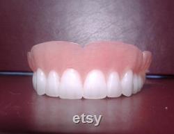 Prothese superieure avec dents blanchies petite