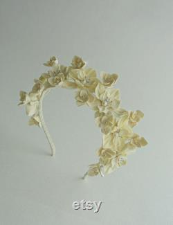 Tiare de mariage de fleurs d or ivoire, diadème nuptial d or ivoire, couronne de mariage d or de fleurs ivoire, casque de mariage d or ivoire, couronne de fleur d or
