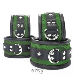 Vegan Cuff and Collar Set BDSM Bondage Collar Poignet Bracelet Retenue Ensemble Cuir synthétique Kelly GreenLace