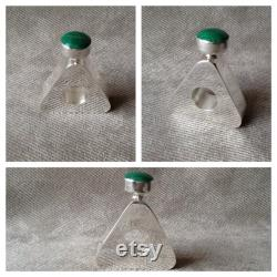 Vintage Hand Made Triangle En forme Sterling Silver Parfum Bouteille marquée TH-88 MEX 925 Avec Malachite Green Gemstone Lid Accent Accent